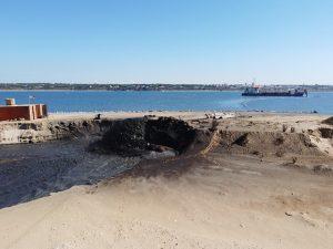 toneladas de lodos tóxicos en Huelva